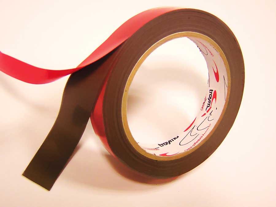 Laminado de cintas adhesivas