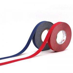 Cinta adhesiva antideslizante para suelos y escaleras color rojo, azul