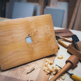 Funda Macbook madera