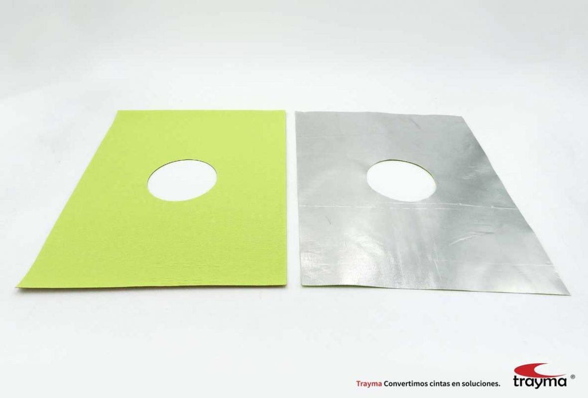 Laminado de fibra de vidrio con adhesivo silicona.