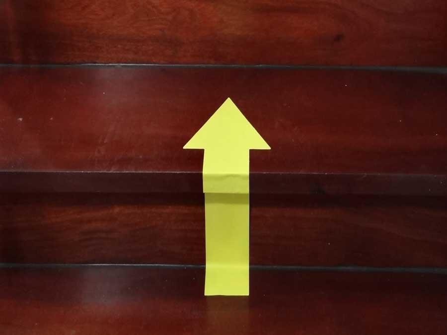 Flechas adhesivas señalización escaleras