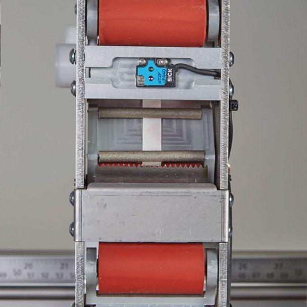 Sensor aplicador automático de cinta adhesiva Enimac X-Treme Light 700